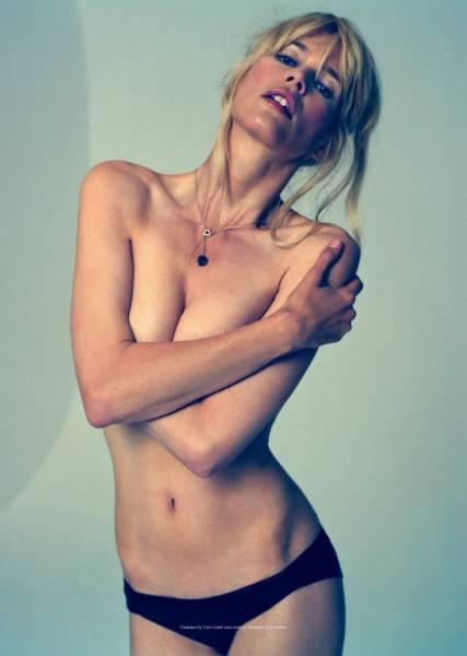 porno-blondinka-v-vozraste-vpervie-poprobovala-anal