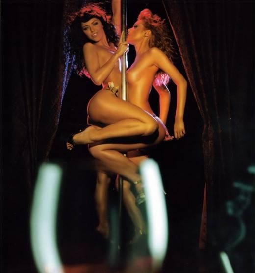 lyubitelskie-otkrovennie-foto-gruppovogo-seksa