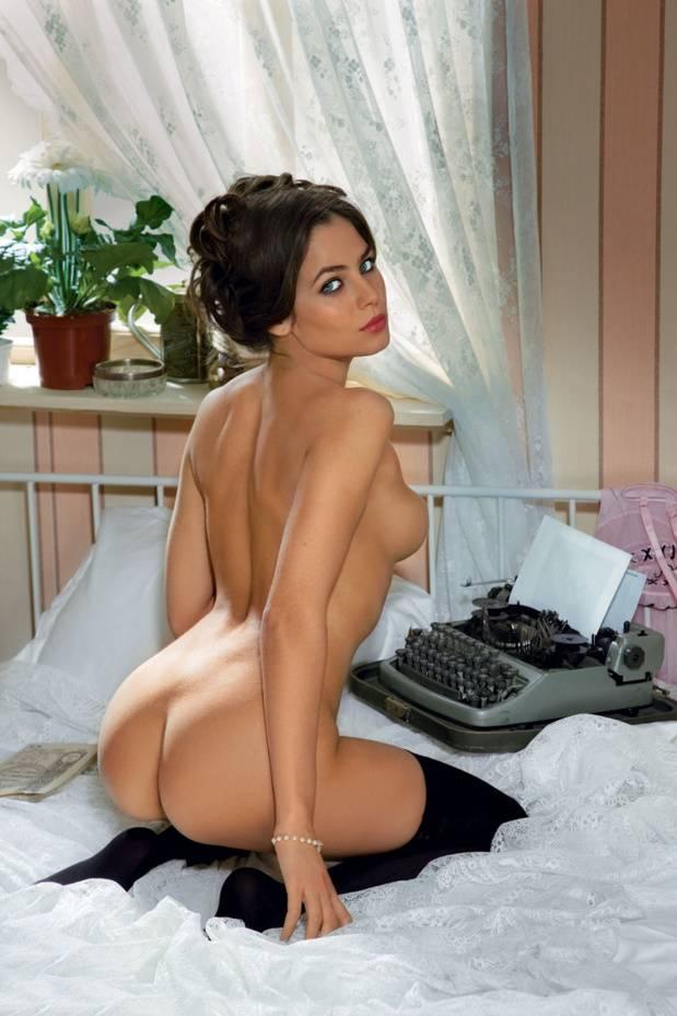 samaya-seksualnaya-golaya-aktrisa