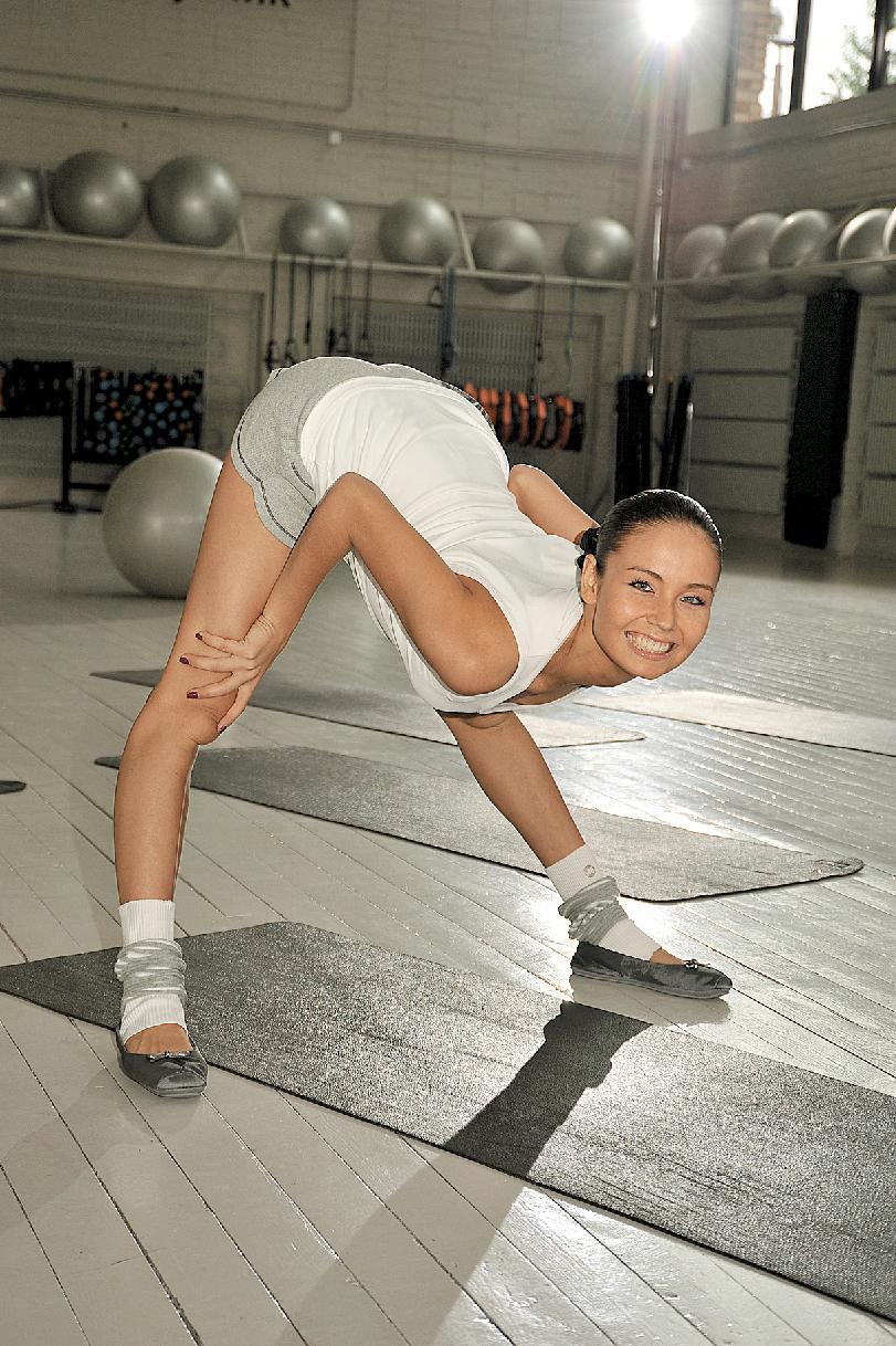 Эро фото голых девушек гимнасток 17 фотография